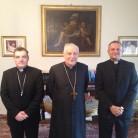 Pročelnik Kongregacije za katolički odgoj kardinal Zenon Grocholewski, kardinal Josip Bozanić i rektor Željko Tanjić