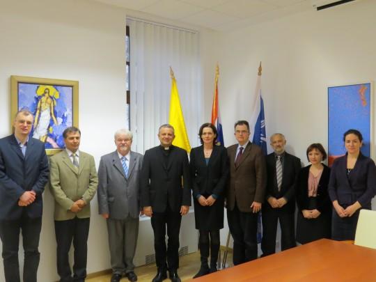 Delegacija Katoličkog sveučilišta Péter Pázmány iz Budimpešte i vodstvo Hrvatskog katoličkog sveučilišta