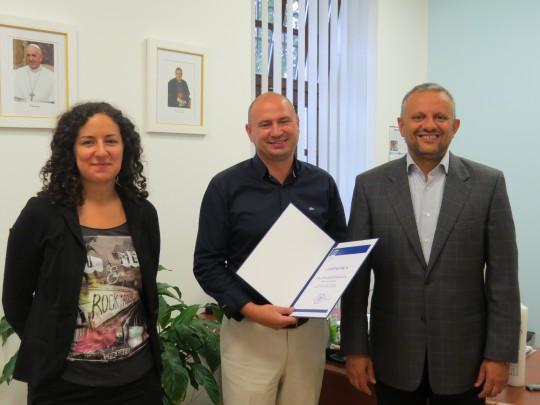Vlč. Reparinac dobio je zahvalnicu Sveučilišta za sudjelovanje u financiranju Laboratorija za psihologijska istraživanja.