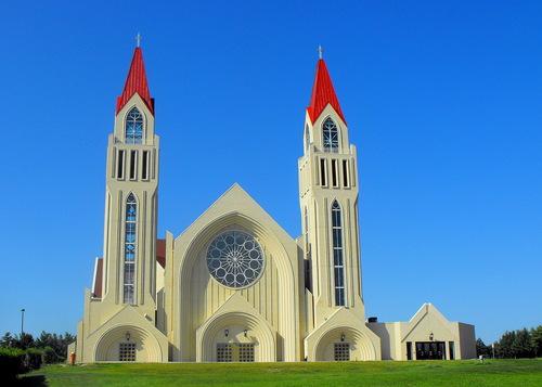 Crkva Kraljice Mira u Hrvatskom Franjevačkom središtu kod Norvala,  Kanada