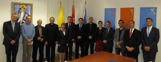 Uprava Hrvatskog katoličkog sveučilišta i sudionici okruglo stola
