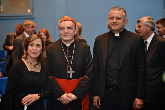 Dr. sc. Esther Gitman, kardinal Josip Bozanić i rektor Hrvatskog katoličkog sveučilišta prof. dr. sc. Željko Tanjić