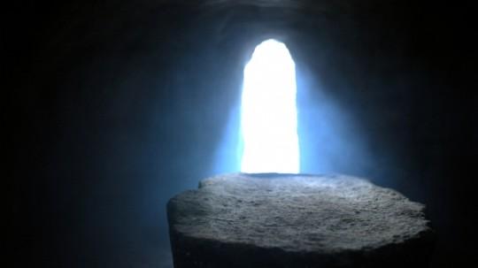Empty-Tomb-Picture-16 www.turnbacktogod.com.jpg