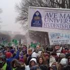 Studenti Ave Marije za život