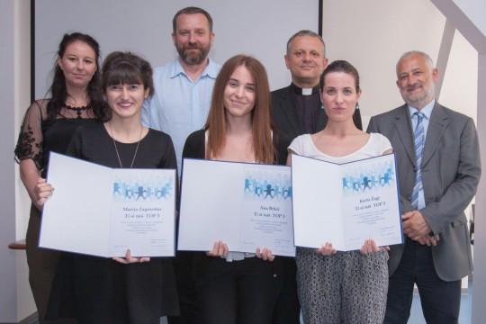 Najbolje studentice  sociologije Marija, Ana i Karla po izboru profesora i asistenata Odjela za sociologiju.