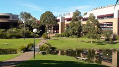 1024px-Uni_of_Wollongong_Science_buildings