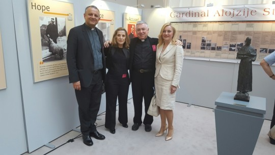 Rektor Tanjić, dr. sc. Gitman, mons. Batelja i zastupnica Marijana Petir