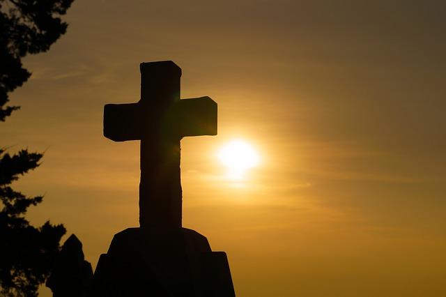Vjerska tematika u hrvatskome medijskom prostoru