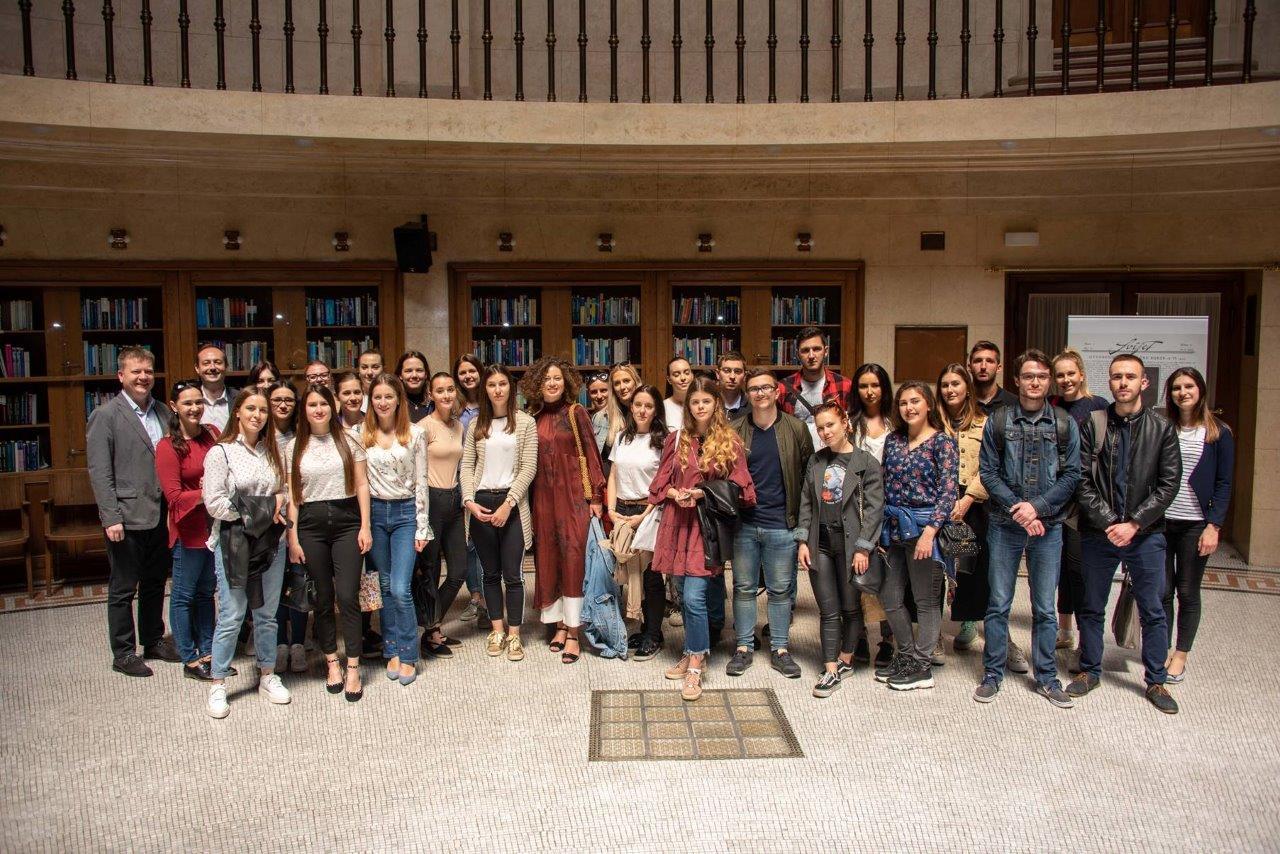 Studenti Komunikologije Posjetili Hrvatsku Narodnu Banku